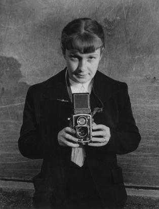 portrait-sabine-weiss-1954