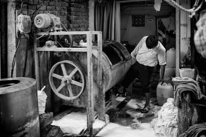 A washing machine in the Dhobi Ghat